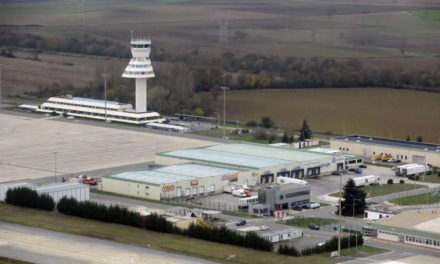 El Ayuntamiento participa en la comisión ambiental del aeropuerto