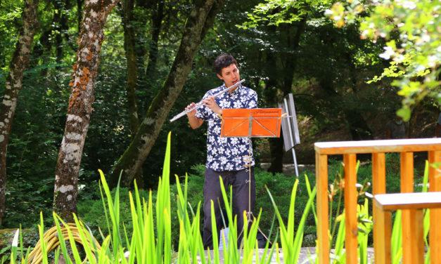 Los acordes de la música clásica impregnan el Jardín Botánico de Santa Catalina