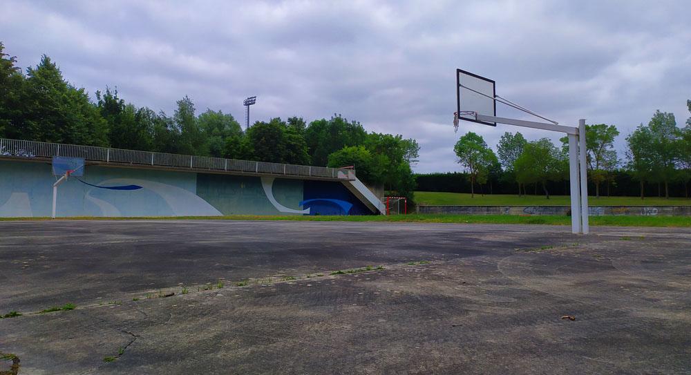 El Ayuntamiento solicitará una subvención para reformar la zona polideportiva de Arrate